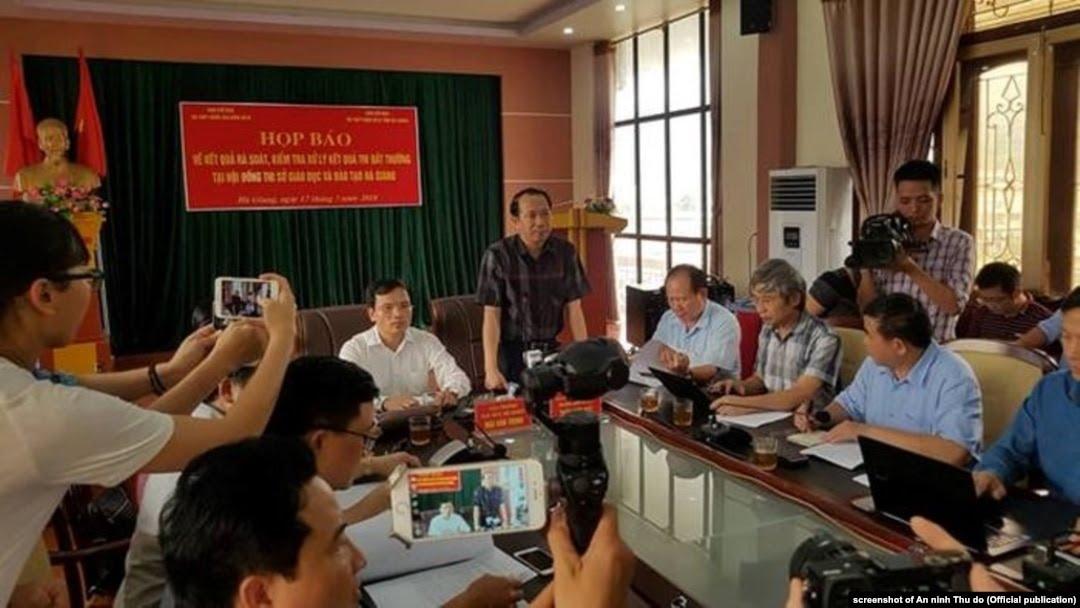 Gian lận thi cử tại Hà Giang A6F2E629-E933-42BF-8460-D558FD5F20E9_w1080_h608_s